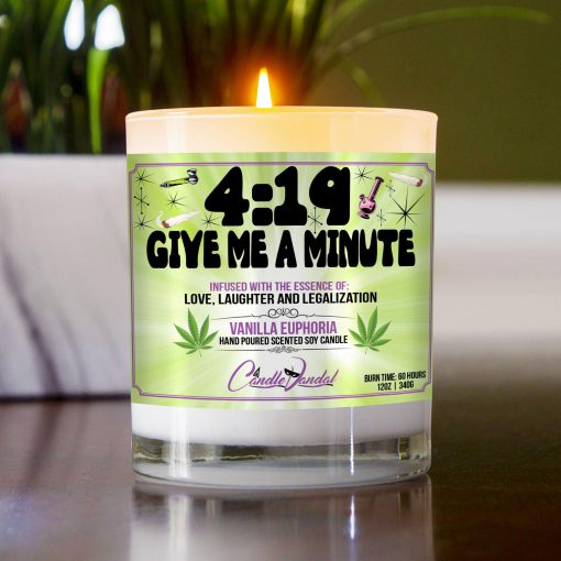 419 Give Me A Minute Table Candle