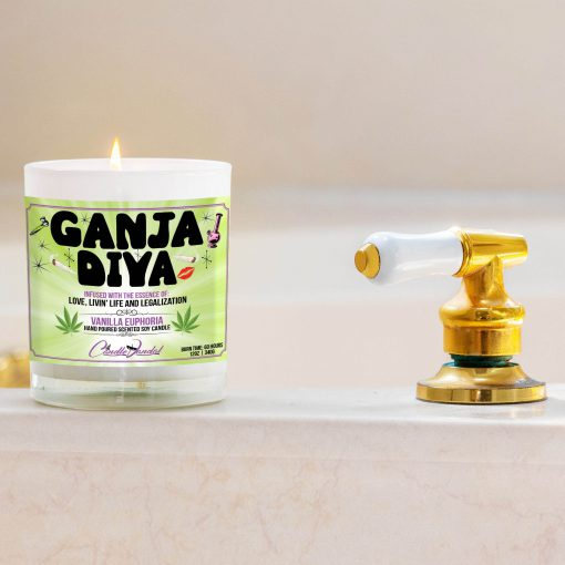 Ganja Diva Bathtub Side Candle